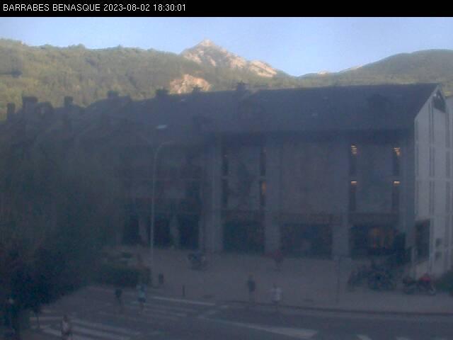clic para ver más webcams de Benasque y Cerler