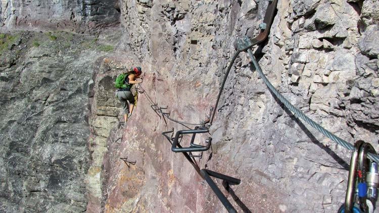 Klettergurt Seil Improvisieren : Klettern auf klettersteigen barrabes.com de