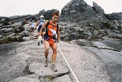 Foto: www.sabahtourism.com/events/climbathon