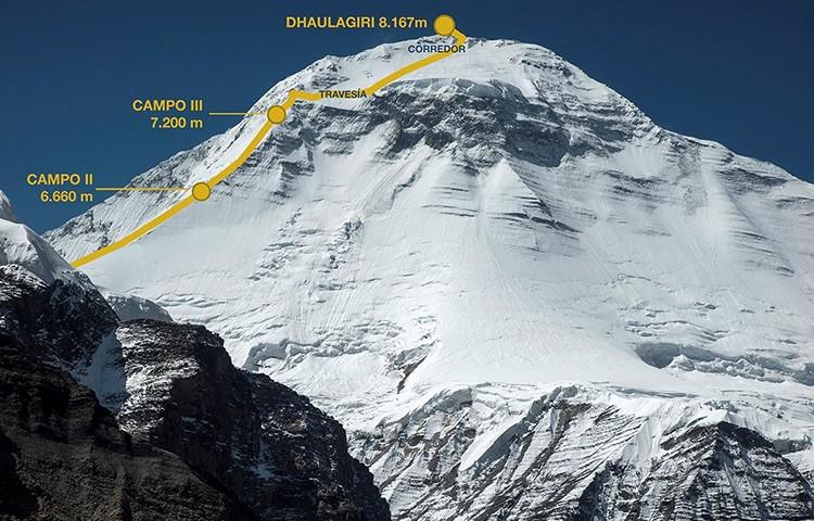 Carlos Soria, hacia cima en el Dhaulagiri