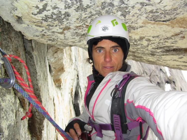 Sílvia Vidal, escalando en Alaska, Un pas més. Foto: Sílvia Vidal