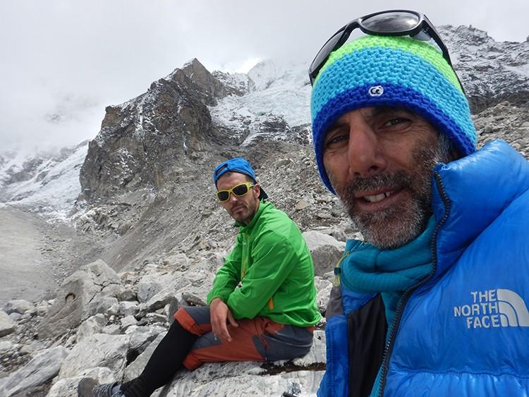 Ángel Luis Salamanca y Joao García en el Khumbu