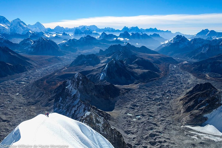 En la cresta final del Pangbuk North. Foto: GMHM