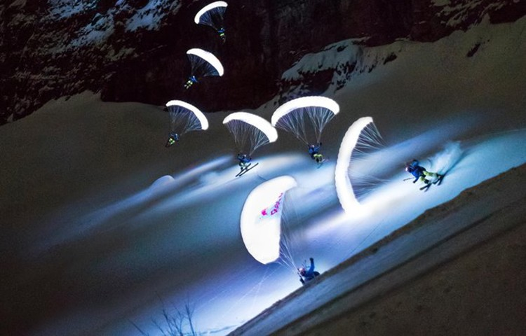 Valentin Delluc. Speed Riding nocturno en el Mont Blanc. Foto: Stef Cande, Redbull Content Pool