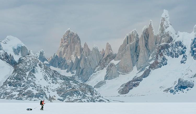 Con los esquís en el Campo de Hielo Sur. Foto: José Allende