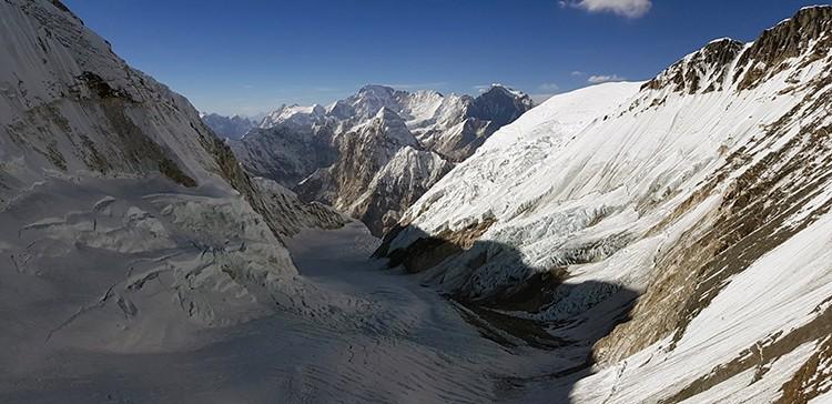 Impresionante vista del Valle del Silencio, desde la pared del Lhotse