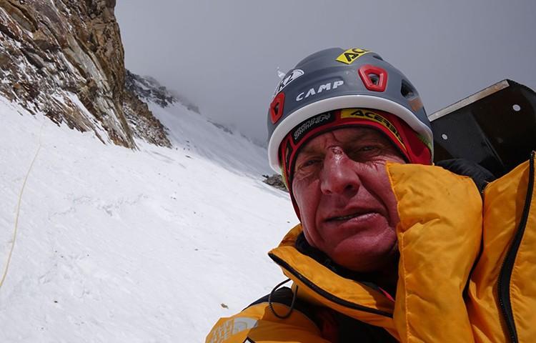 Denis Urubko, la pasada semana en el K2. foto Adam Bielecki