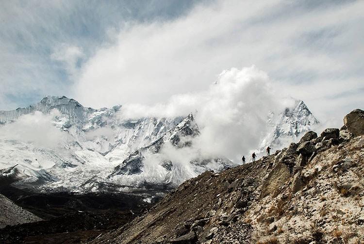 Aclimatando en el Chukung Ri. Foto: Expedición IFEMA-Carlos Soria