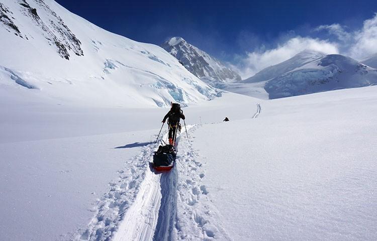 Zona baja de Denali: esquís y pulka
