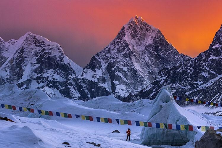 Javier Camacho, expedición Lhotse 2017