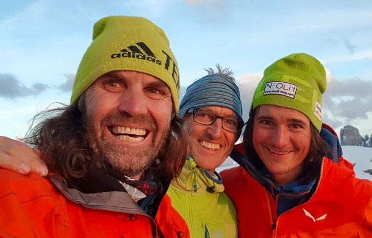 Huber, Gietl y Treppte, en la cima de La Strada. Foto:Facebook Simon Gietl