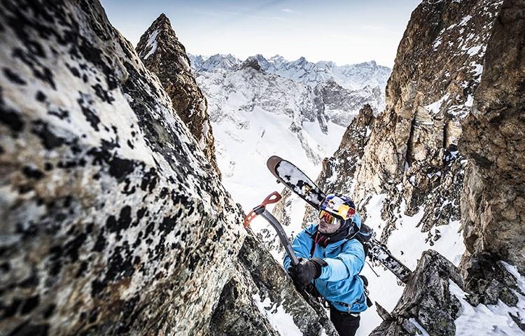 Andrzej Bargiel, entrenando para el K2. Foto Kin Marcin/Red Bull Content Pool
