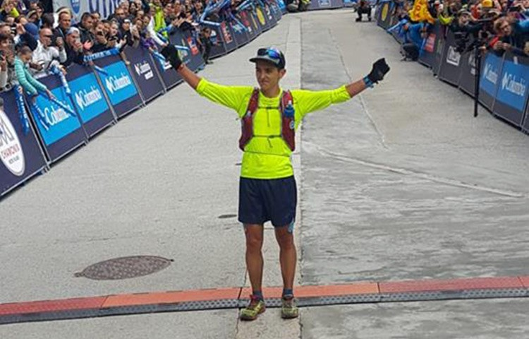 Xavier Thevenard entra victorioso en meta, Ultra Trail Mont Blanc 2018
