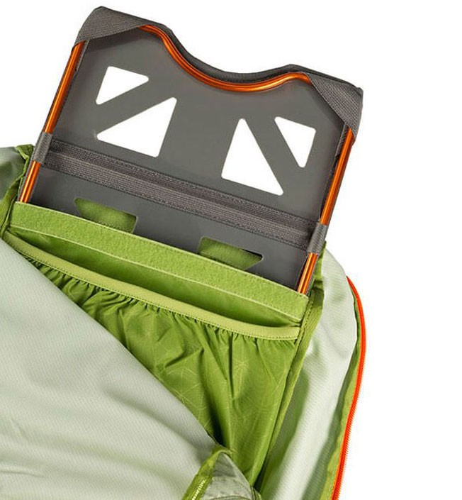 Bastidor interno de alumino ultraligero de la mochila Gregory Alpinisto 50M