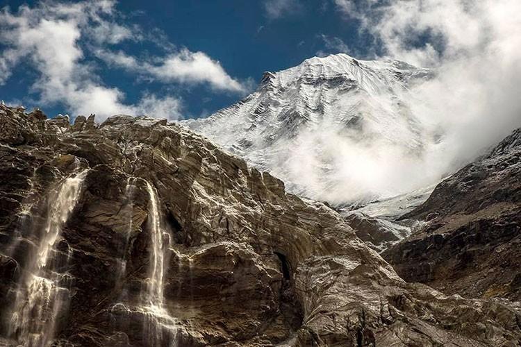 El Dhaulagiri desde la aproximación. Foto: Yo subo con Carlos Soria
