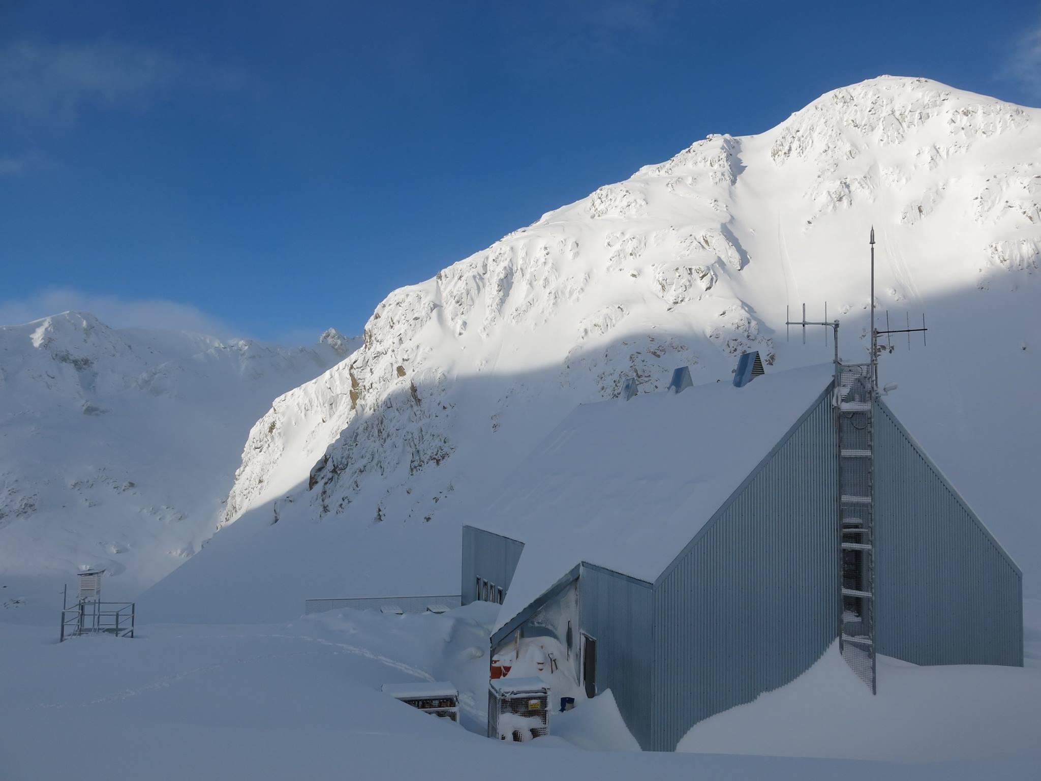 Aspecto invernal del Refugio de Cap de Llauset