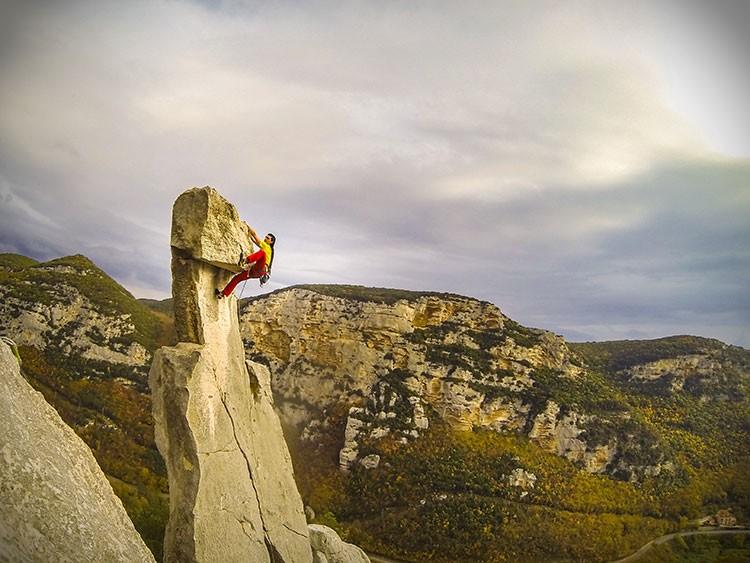 Alvaro Lafuente escalando en Tre Frati, Valle Aquila. Colección Alvaro Lafuente