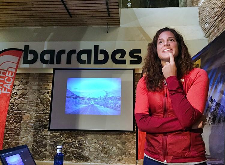 Tamara Lunger, presentando la película en Barrabes Barcelona