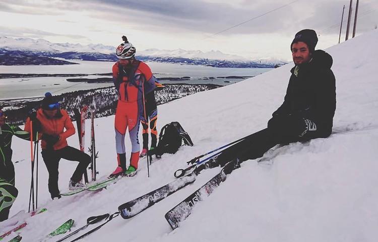 Kilian Jornet finaliza sus 24 horas de esquí. Foto: Matti Bernitz, Instagram Kilian Jornet