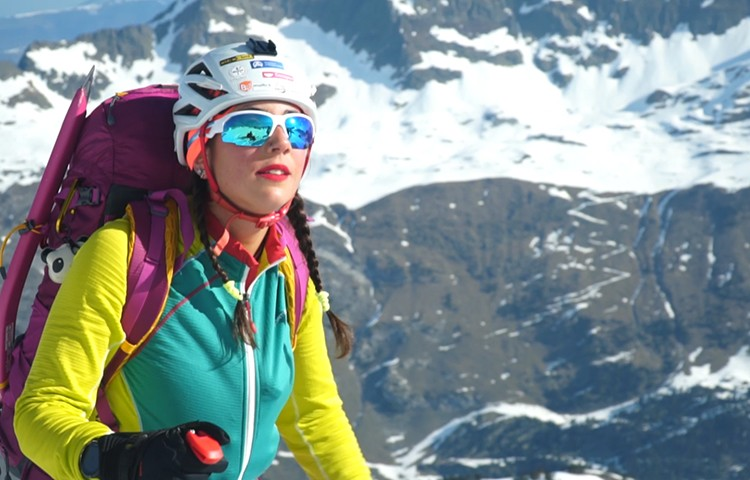 She Skis. Esquiadoras en Maladetas de la mano de Atomic y Barrabes