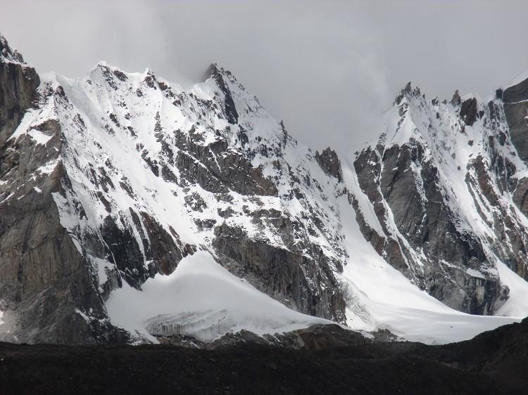Pico virgen de 6.080m. Foto: A. Salamanca