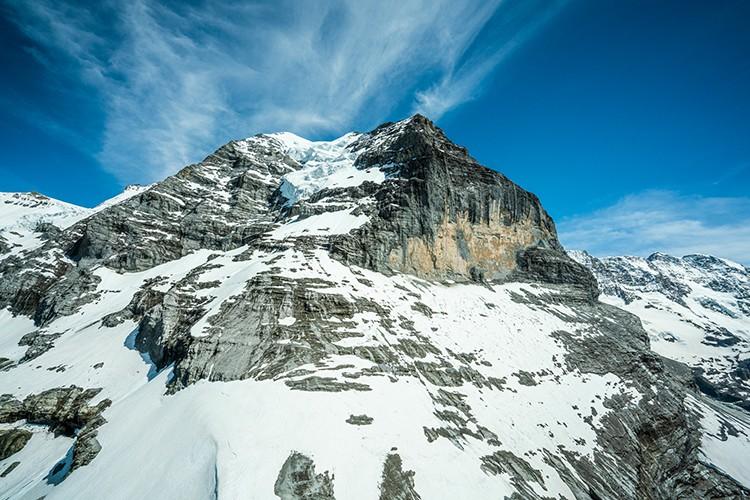 A la derecha, la pared de Rotbrätt, Jungfrau. Foto: Frank Kretschman
