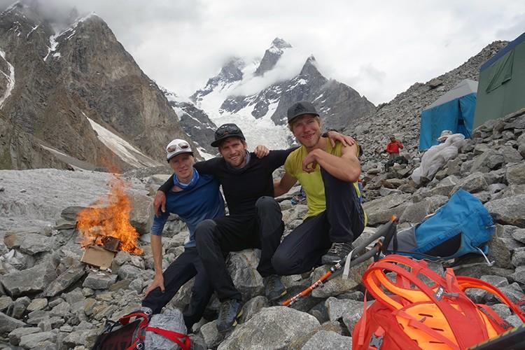 Bru (izq), Sieberer (centro), Messner (dch), campo bas. Foto: Facebook Martin Sieberer