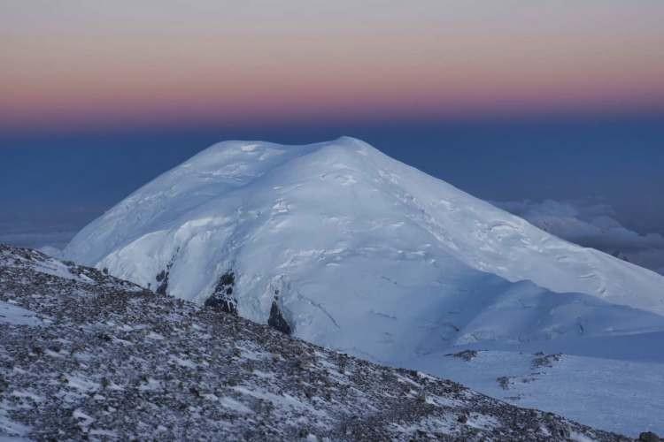 En la zona alta del Pico Lenin. Foto: Javier Camacho