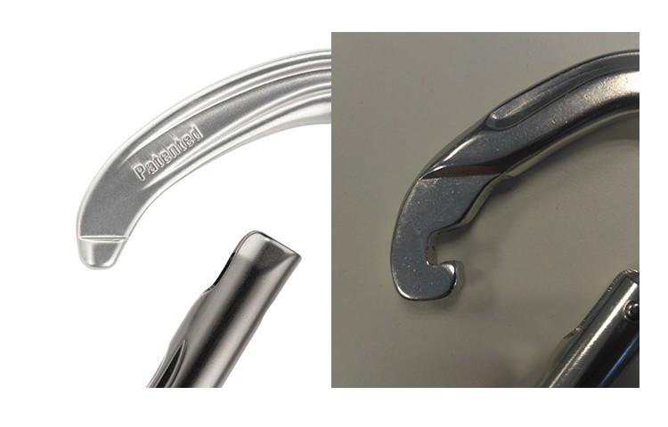 Sistema Keylock de Petzl a la izquierda, sistema tradicional con nariz a la derecha