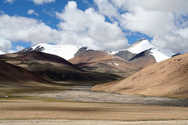 Picos de trekking en el Himalaya hindú. Foto: Barrabes