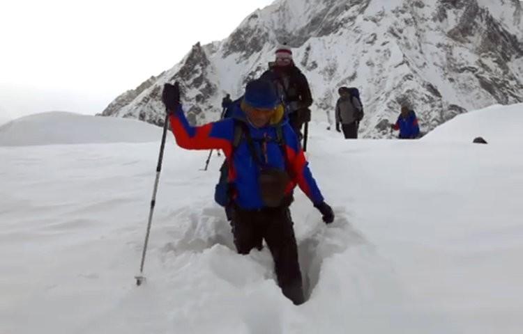 Mingma Gyalje Sherpa y su equipo llegan al K2. Foto: Mingma Gyalje Sherpa