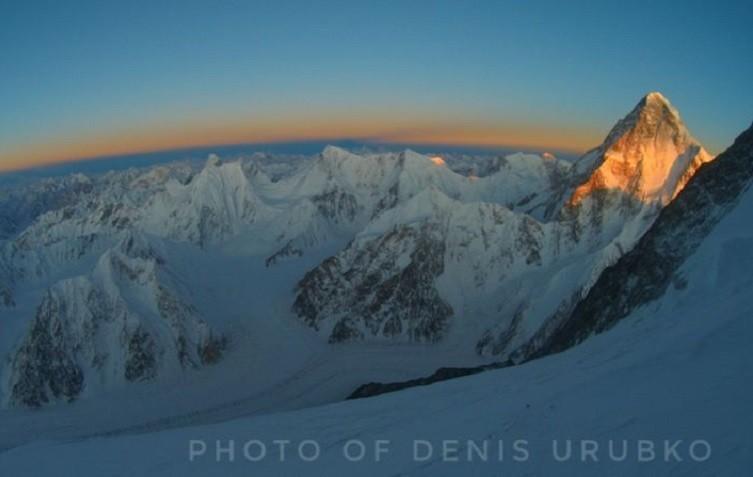 Denis Urubko, sano y salvo tras avalancha en Broad Peak. Foto: Denis Urubko