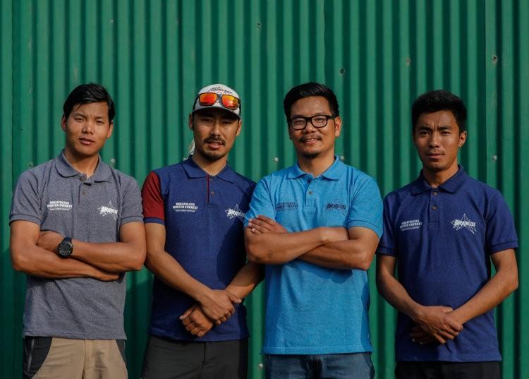 El equipo de alpinistas nepaleses, a por invernal exprés a Everest. Foto: Seven Summits Treks