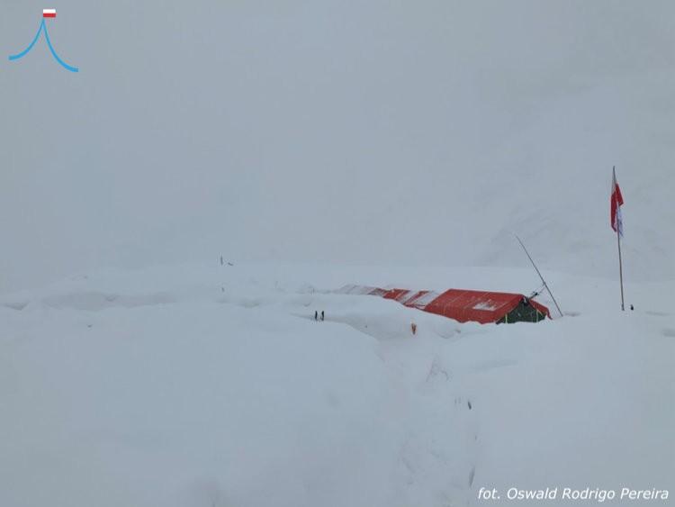 Batura Sar, sepultado bajo la nieve. Foto: Oswaldo Rodrigo Pereira