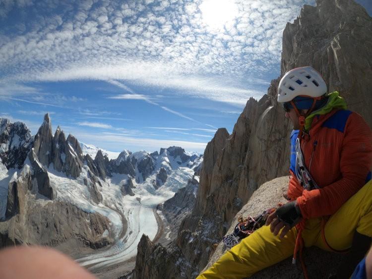 Roger Schaeli y Jonas Schild, vivac en Patagonia. Foto: Roger Schaeli