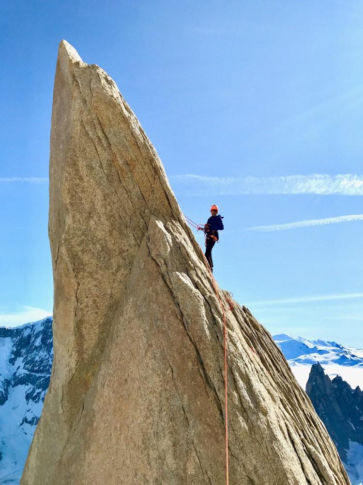 Jonas Schild en las Agujas de Patagonia. Foto: Roger Schaeli