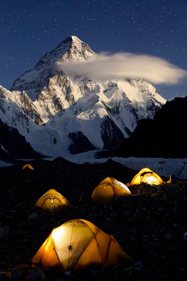 K2 desde el campo base del Broad Peak. Foto: Javier Camacho Gimeno