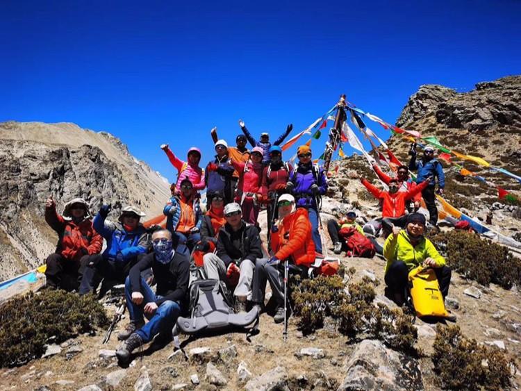 Expedición china a Everest 2020 en el campo base de Everest. Foto: FB Mingma G. Sherpa