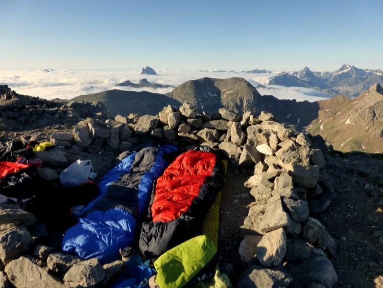 Sacos de dormir, indispensables para nuestras aventuras. Foto: Korkuerika