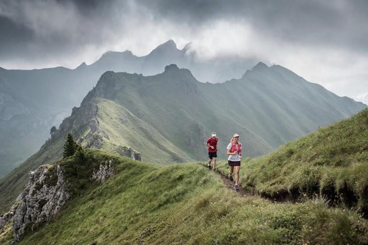Sorteo equipo Trail Running Salomon en Barrabes