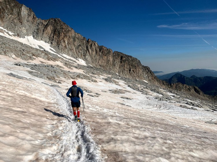 Descendiendo por el glaciar del Aneto. Foto: Carlos Galera