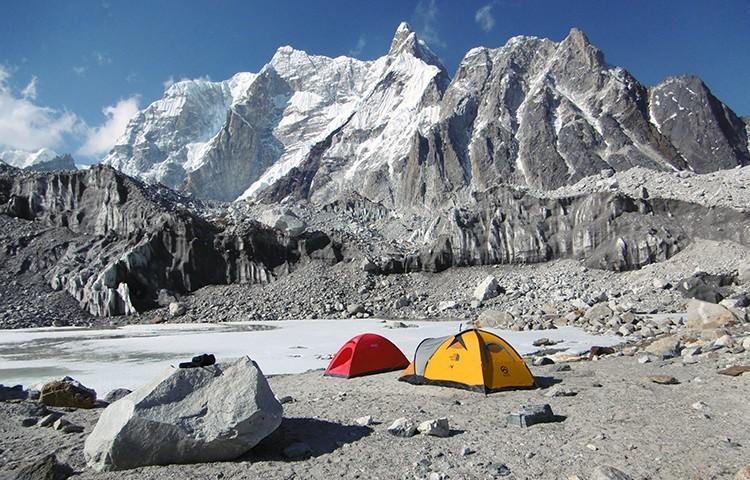 Seismiles remotos en Nepal. Foto: Ángel Luis Salamanca