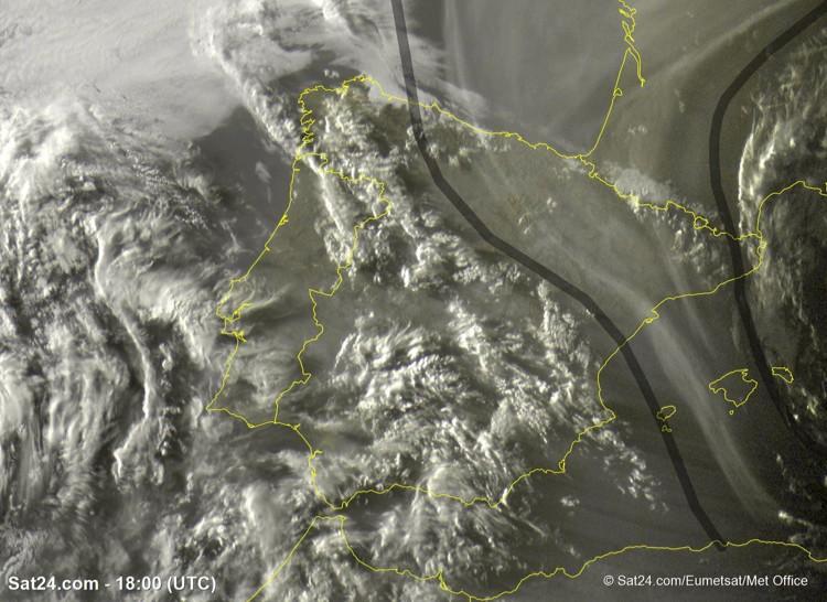 Humo de los incendios californianos sobre el NE de la península hace 6 días. Foto: Meteo Aragón