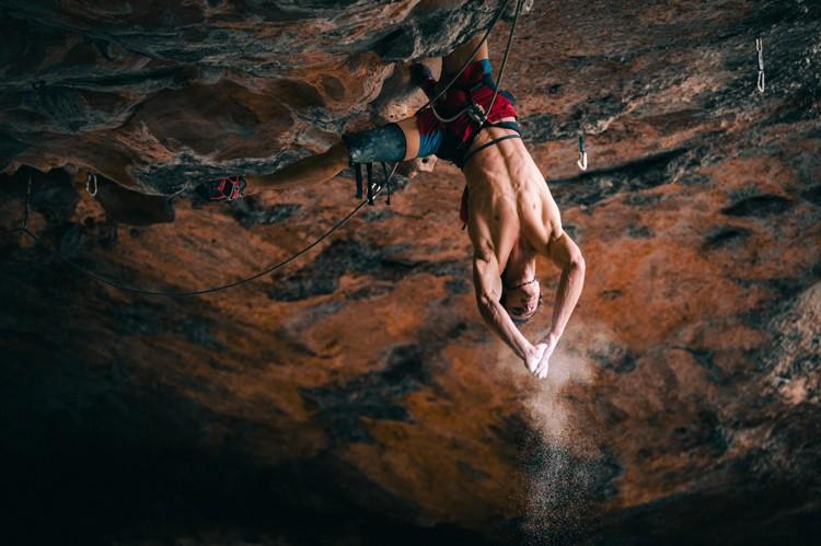 Adam Ondra en Tierra de Nadie. Foto: adamondra.com