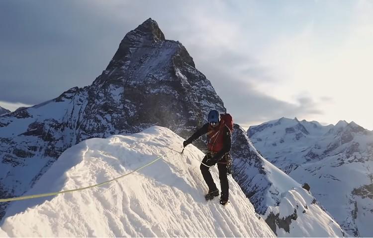 1ª travesía invernal historia Furggen-Matterhorn-Grande-Petites Murailles. Foto: Cazzanelli-Ratti