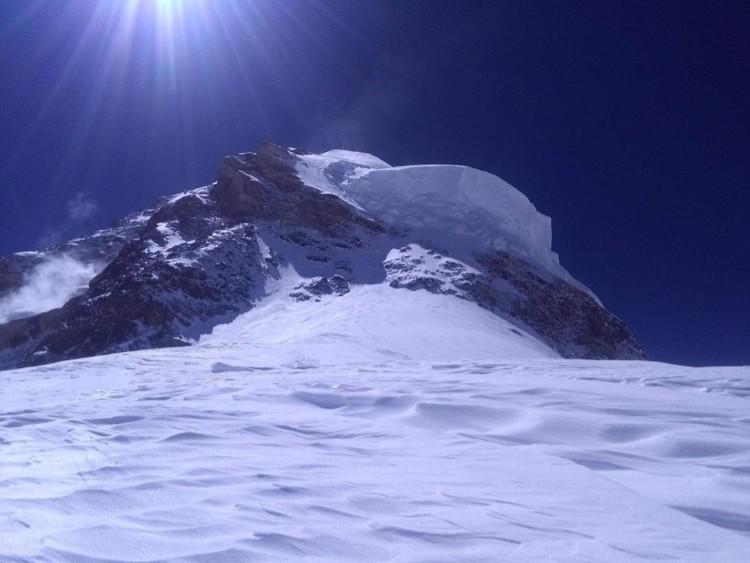 Alcanzado el campo 4 a 7.800m en el K2. A vista la ruta hasta cumbre, el  serac y el cuello de botella - Barrabes.com