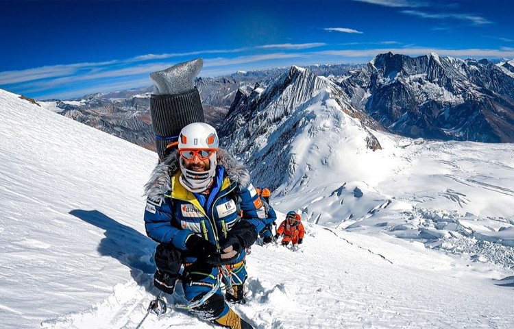 Alex Txikon en el Manaslu invernal. Foto: Alex Txikon
