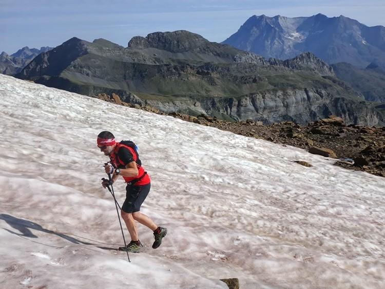 Zapatillas para correr por montaña, la clave de nuestro equipo. Foto: Alex Puyó