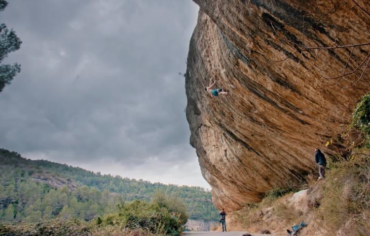 Adam Ondra durante la escalada de El Potro, 9a, Margalef. Foto: Adam Ondra