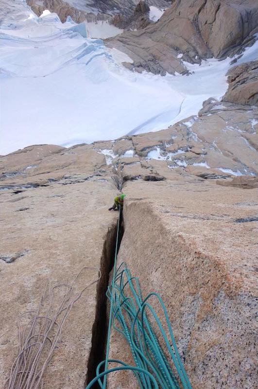 En La Chaltenense, Cerro Chalten, Fitz Roy. Foto: Patagonia Vertical